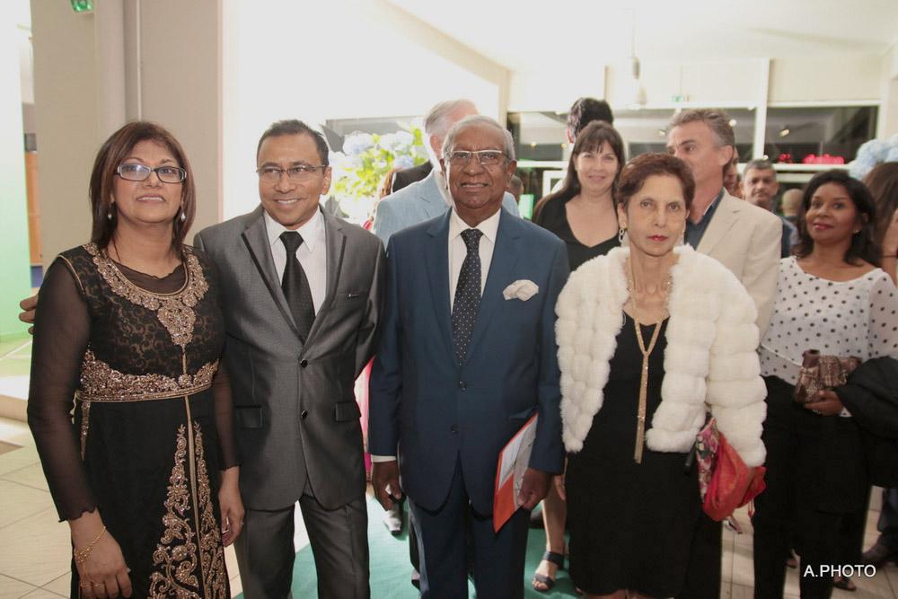 Rhajia et Ibrahim Patel, avec Jean-Paul et Yvette Virapoullé