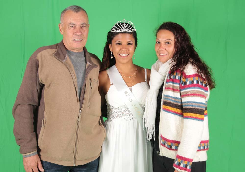 Ericka avec ses parents