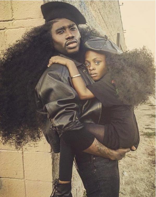 Les incroyables chevelures du père et de sa fille