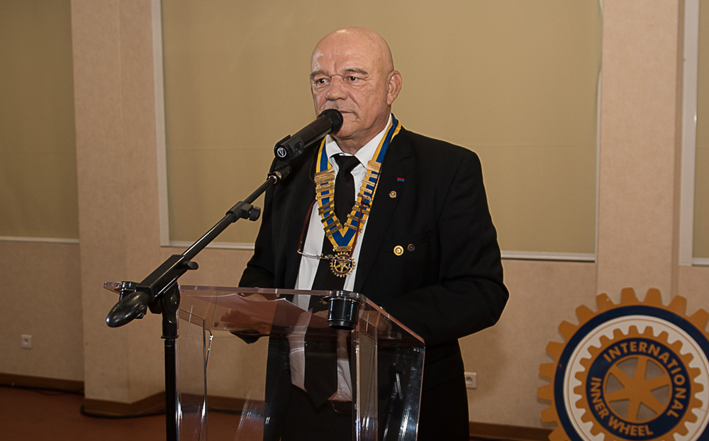 Rotary Club<br>Trois passations d'un coup!