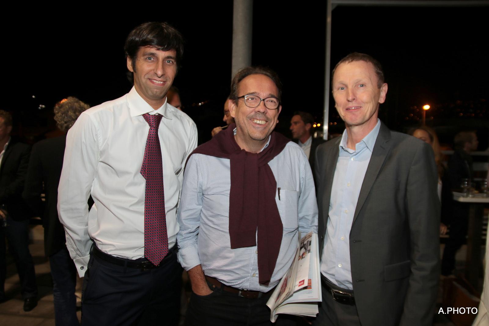 Dev Koytcha, notaire, Benoît Rimbaud, directeur général de Grand Sud Productions, et Guy-Antoine de Lavenne, directeur général de SGM Manutention