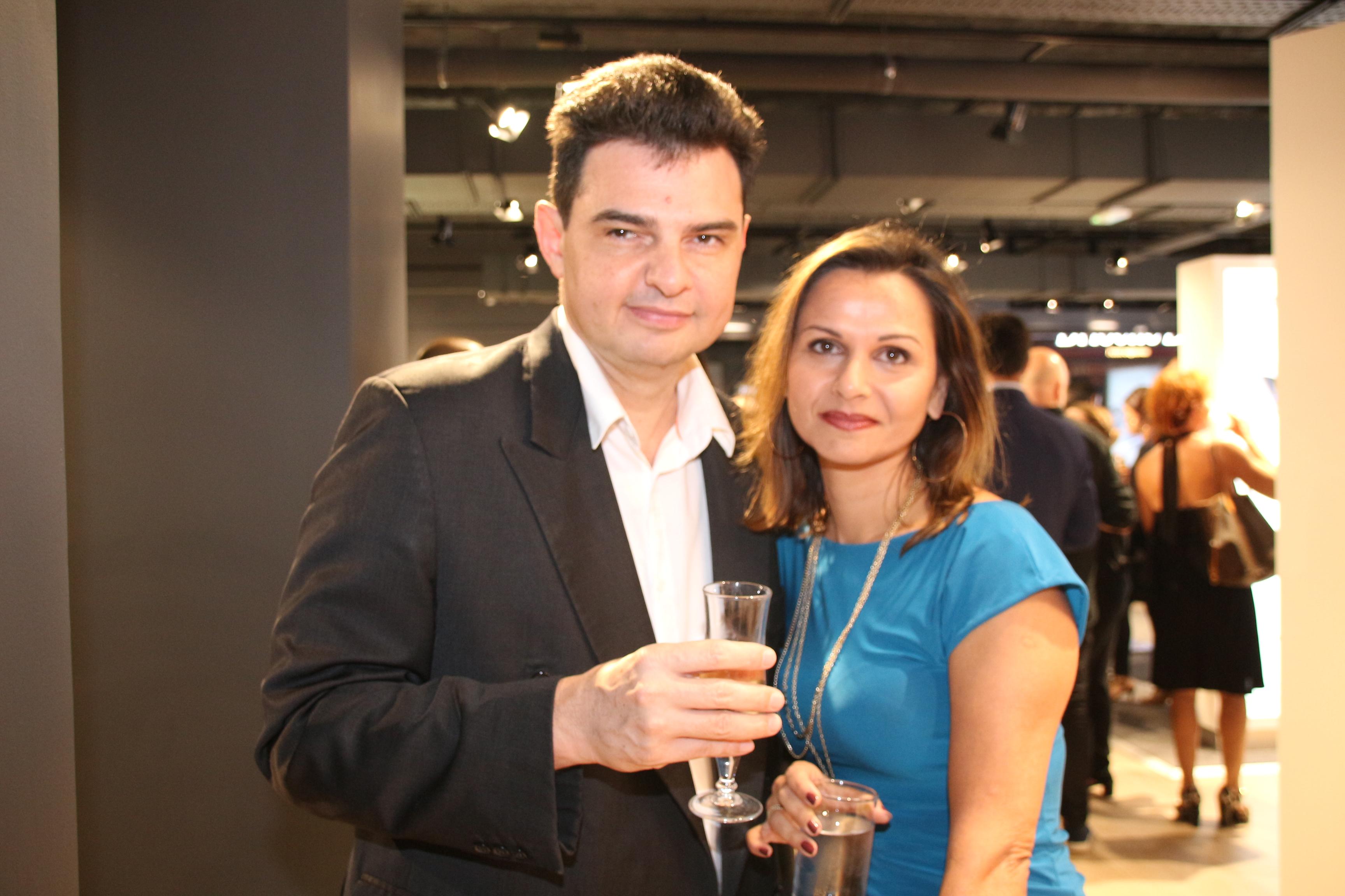 Guy Grondin, conseiller commercial, et Patricia Velin, chef de produit merchandising