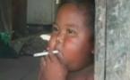 Le bébé fumeur irait mieux
