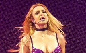 Britney Spears a failli mourir en vacances