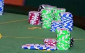 Le poker, on mise dessus!