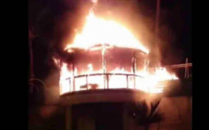 La boite de nuit Le Beach Club de Saint-Gilles en feu