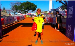 ▶️ La dernière concurrente à franchir la ligne de la Diagonale des Fous : pour son neveu autiste !