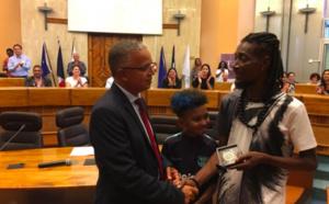 ▶️ Nono, le père de Soan reçoit la médaille du Département