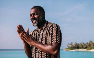 Idris Elba contaminé prône la distanciation sociale